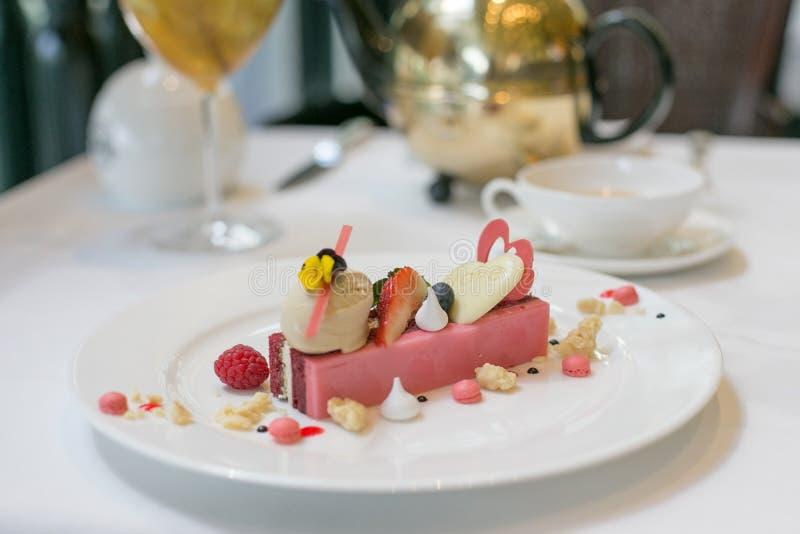Rode Rose Velvet Cake royalty-vrije stock foto