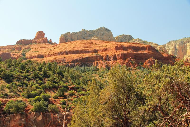 Rode Rotsvorming in Sedona Arizona stock afbeeldingen
