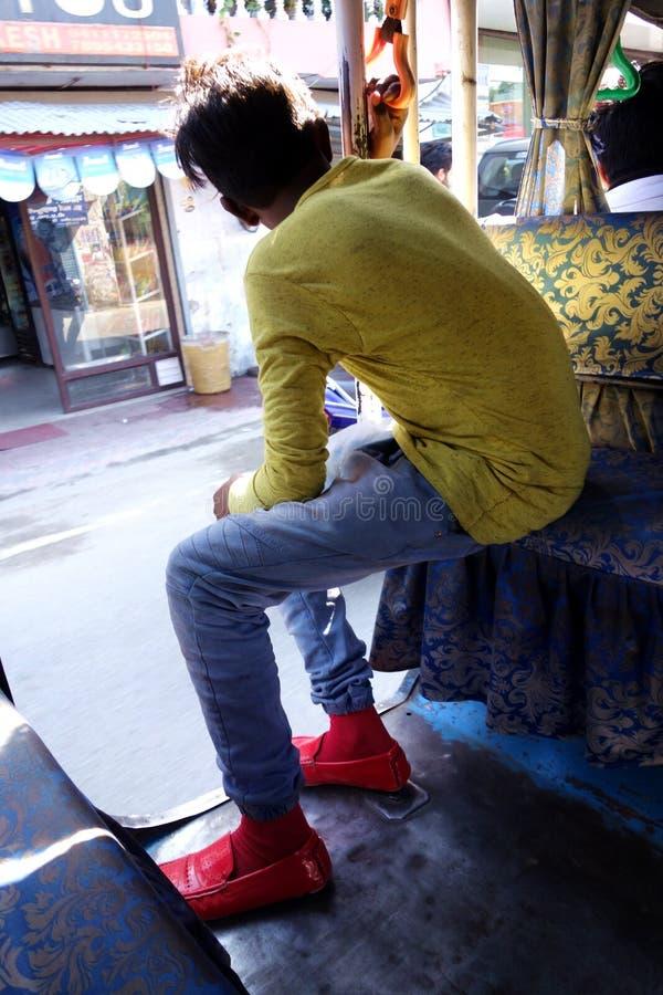 Rode Schoenen Homeboy stock afbeeldingen