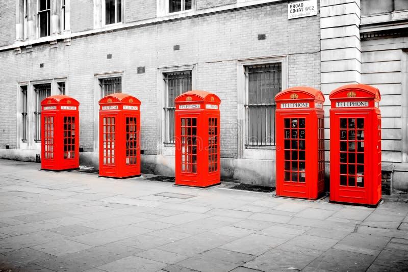 Rode telefoondozen Londen royalty-vrije stock afbeelding