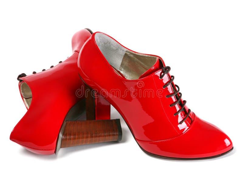 Rode vrouwenschoenen royalty-vrije stock fotografie