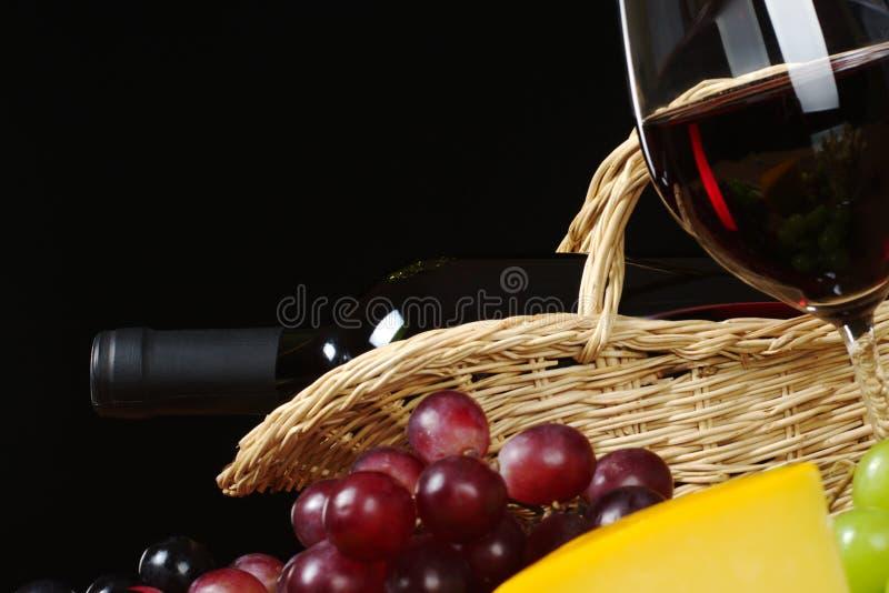 Rode Wijn met Druiven en Glas royalty-vrije stock fotografie