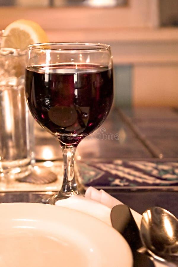 Rode wijnglas stock afbeeldingen
