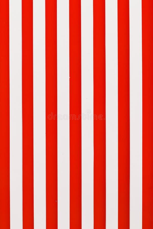 Rode wit van de achtergrondstreep het verticale kleur royalty-vrije illustratie