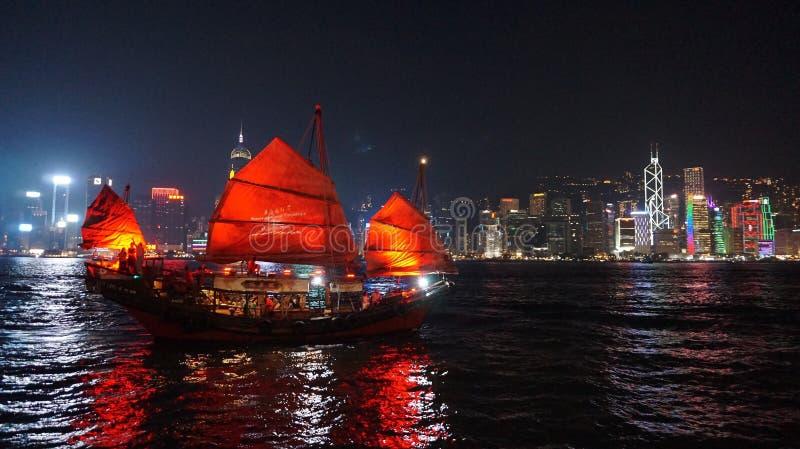 Rode Zeilboot stock afbeeldingen