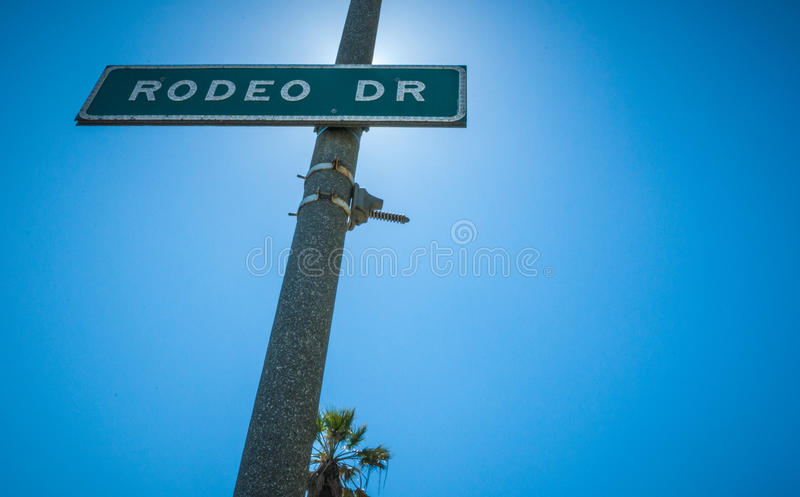 Rodeodrev Strret undertecknar in Beverly Hills royaltyfria foton