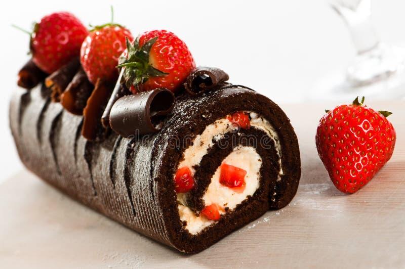 Rodillo suizo del chocolate imagen de archivo