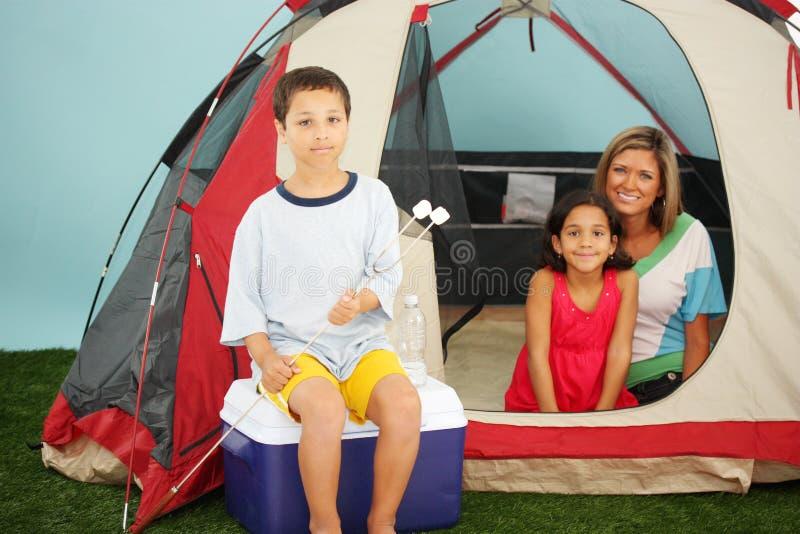 rodzina campingowa obraz royalty free