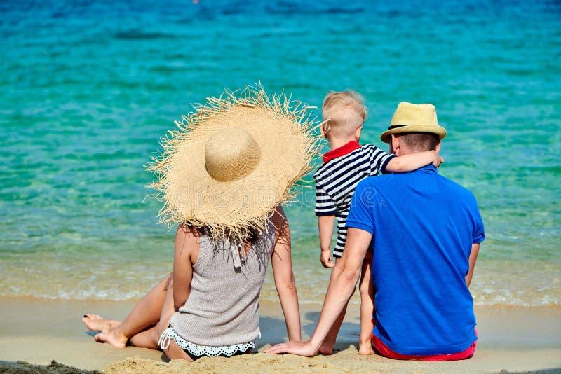 Rodzina na plaży w Grecja zdjęcie stock