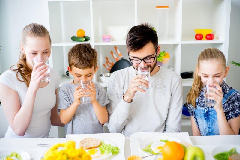 Rodzina napojów woda fotografia stock