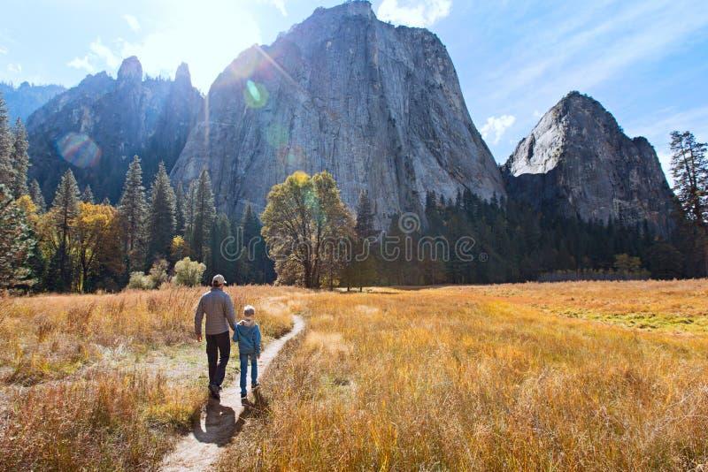 Rodzina w Yosemite zdjęcia royalty free