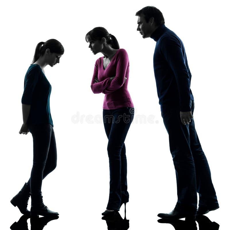 Rodzinna ojciec matki córki spora karcenia sylwetka fotografia stock