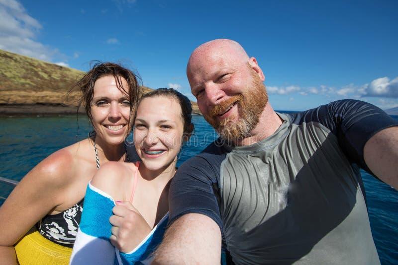 Rodzinny selfie na tropikalnym wakacje obrazy stock