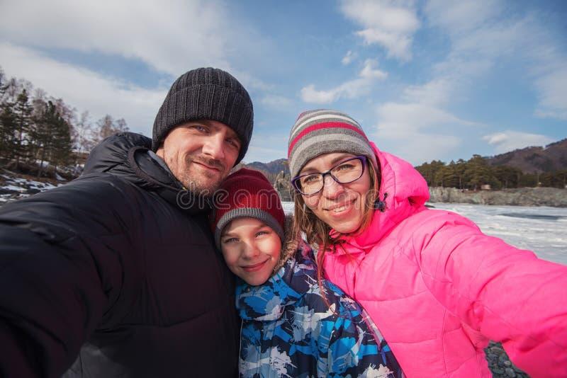 Rodzinny selfie przy zimy podr zdjęcia royalty free