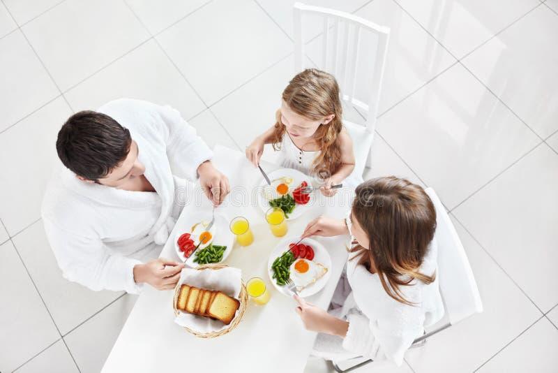 Rodziny śniadanie zdjęcia royalty free