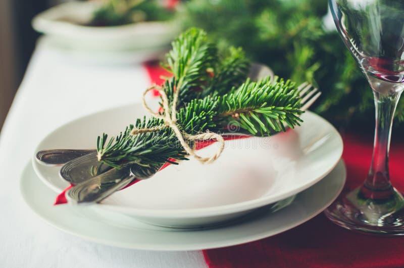 Rodziny świętowania obiadowego stołu wpólnie Bożenarodzeniowy pojęcie  fotografia stock