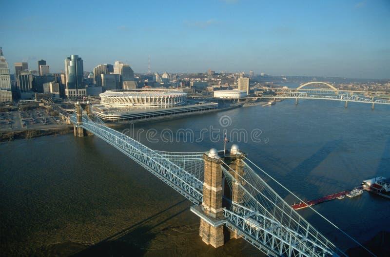 Roebling Aufhebung-Brücke, Cincinnati, OH- stockbild