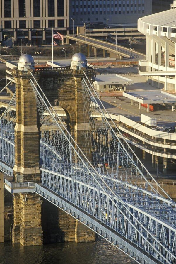 Roeblings-Hängebrücke über dem Ohio, Cincinnati, OH- stockbild
