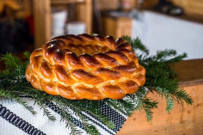 Roemeens traditioneel gevlecht brood royalty-vrije stock fotografie