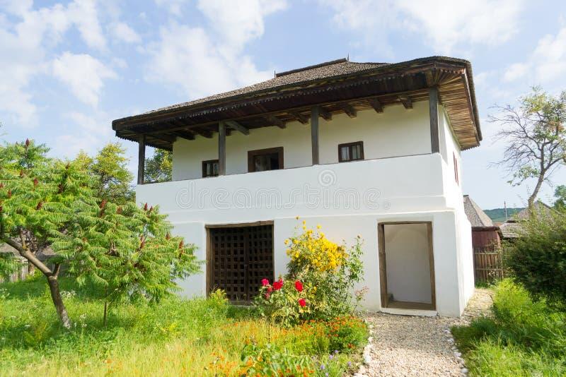 Roemeens traditioneel huis, de historische provincie van Oltenia stock afbeelding