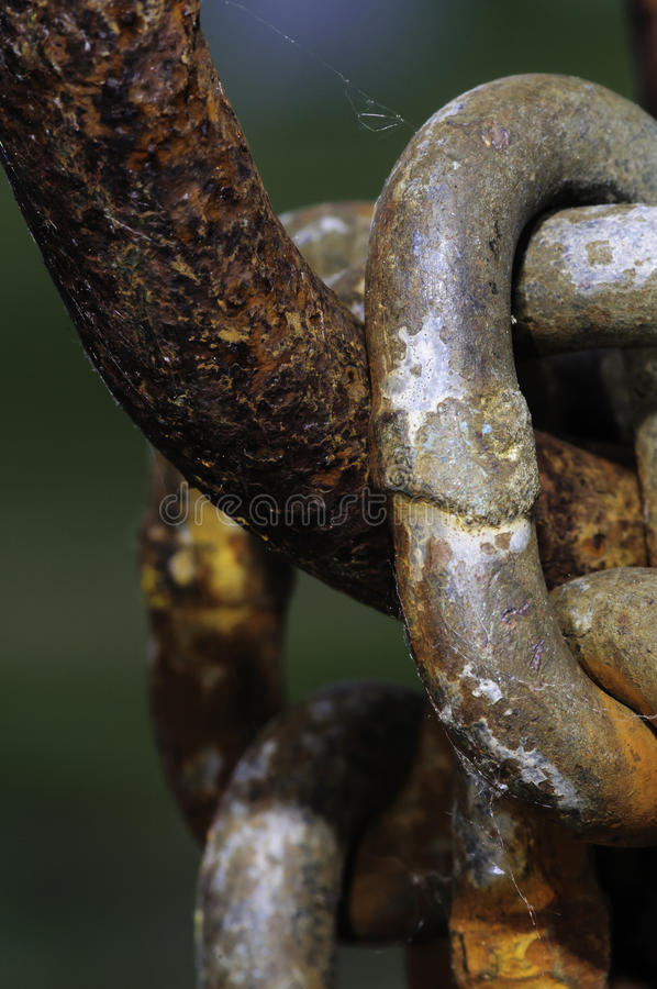 Roestende kettingsverbindingen stock afbeeldingen
