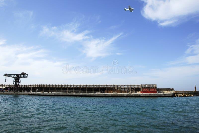 Roestig Anker in de haven van Tel Aviv. royalty-vrije stock afbeeldingen