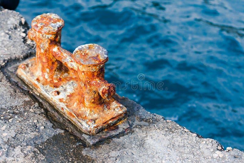 Roestig kust-snel metaal stock fotografie