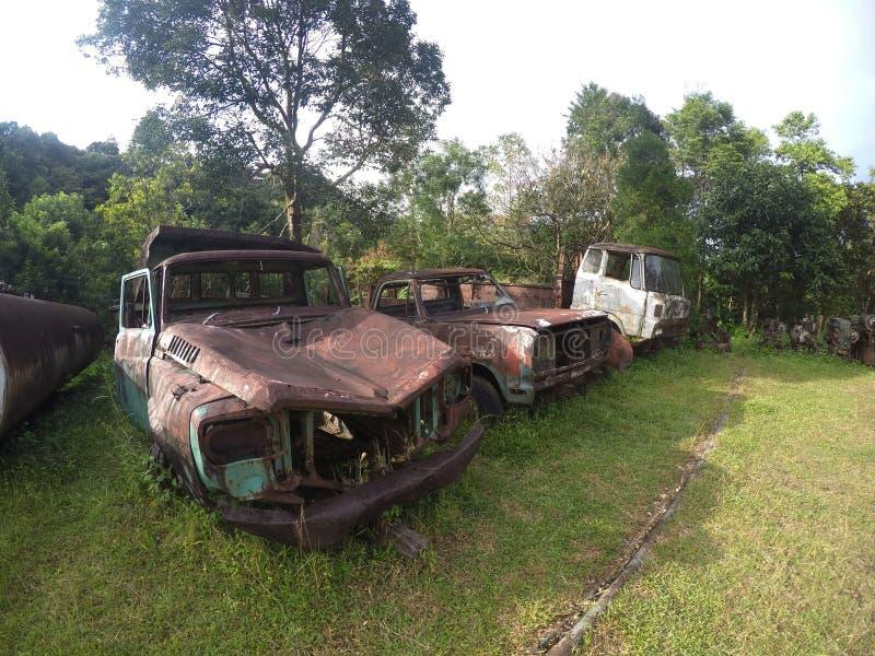 Roestig voertuig in Pilok-Mijn royalty-vrije stock afbeelding