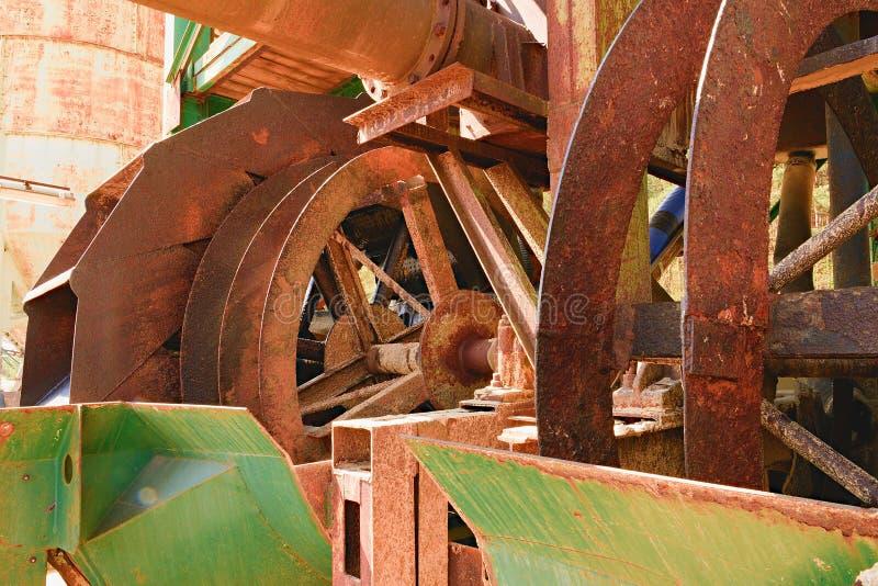 Roestige industriële machine Roestige delen close-up stock foto's