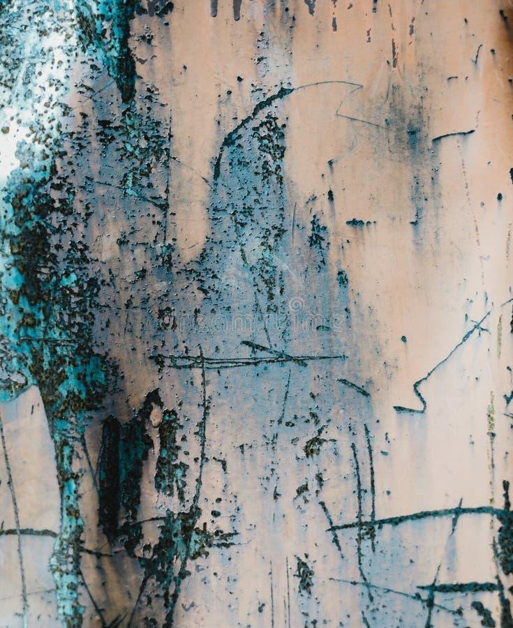 Roestige metaaloppervlakte met krassen stock fotografie