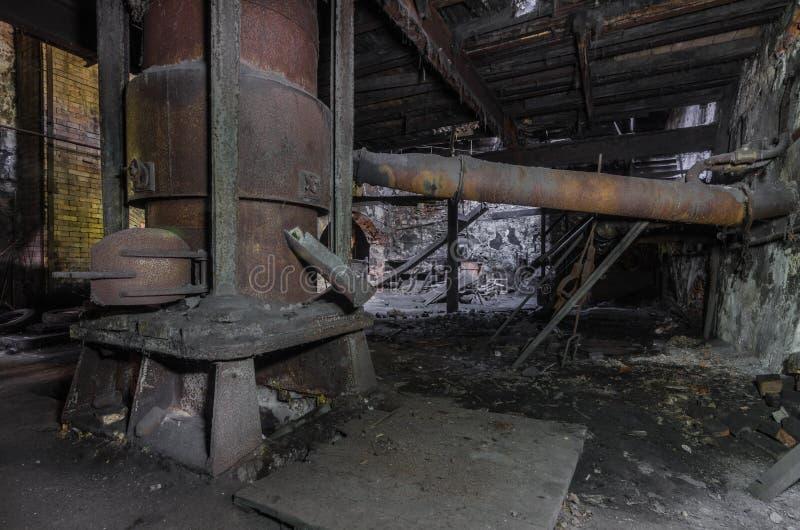 roestige oven in een gieterij royalty-vrije stock foto's