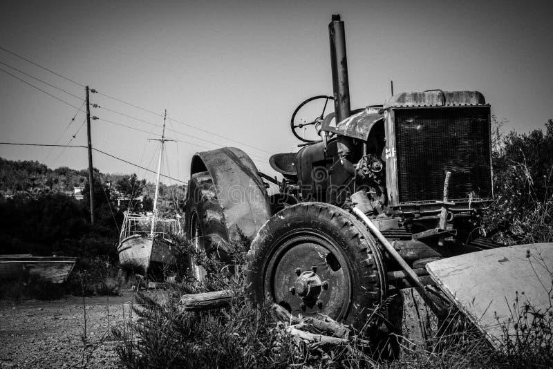 Roestige Tractor royalty-vrije stock foto's
