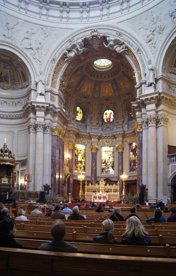 Rogación en la iglesia foto de archivo
