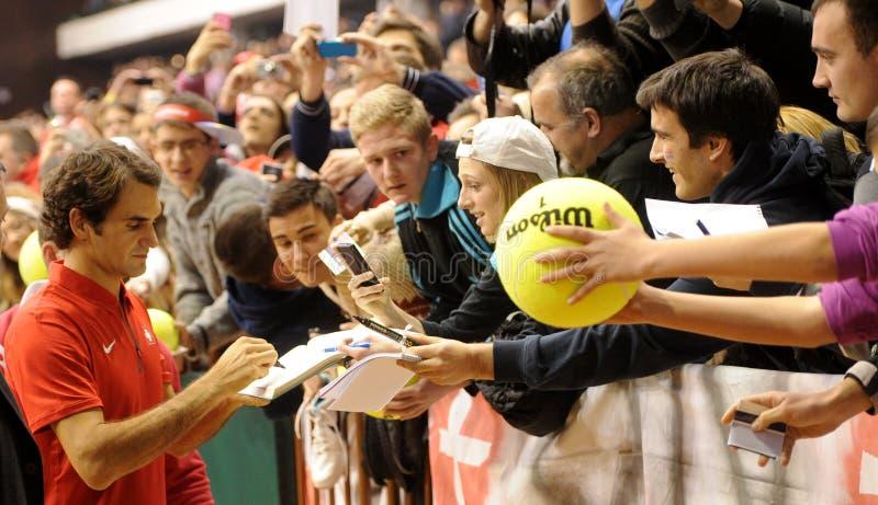 Roger Federer och fans arkivfoton