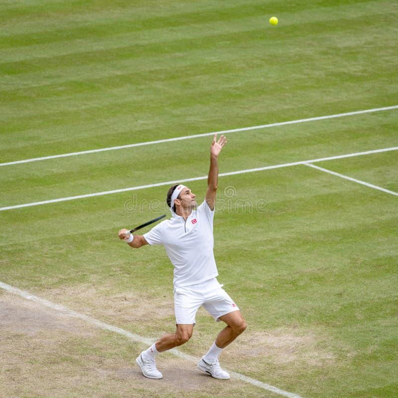 Roger Federerl på Wimbledon royaltyfria foton
