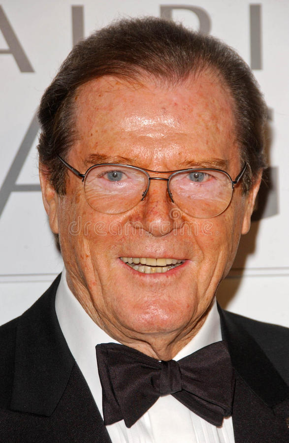 Roger Moore imagens de stock royalty free
