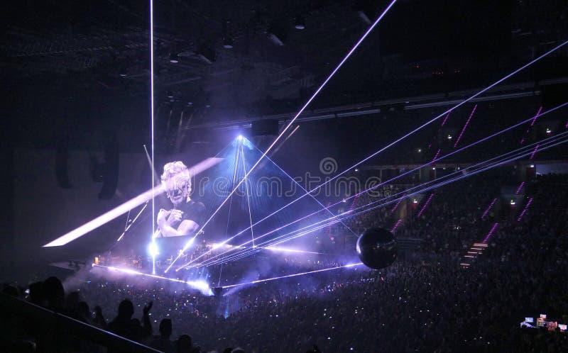 Roger Waters executa no concerto de nós + deles excursão no Polônia imagem de stock