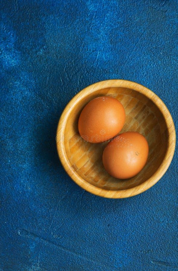 Rohe Eier stockfotos