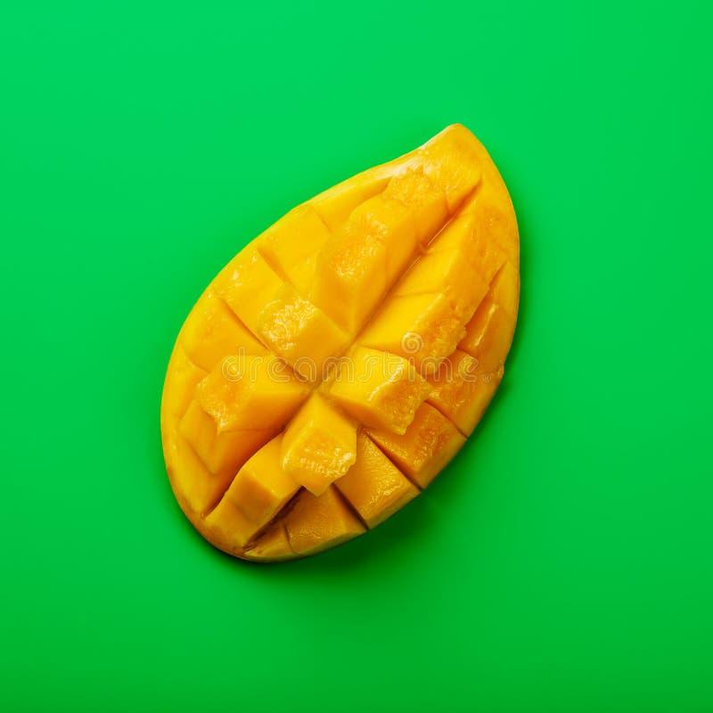 Rohe frische geschnittene Mango lizenzfreies stockfoto