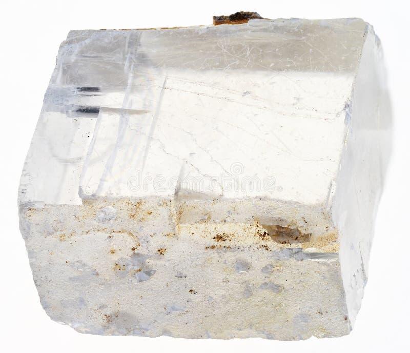 roher Island-Kristall (Island-Sparstein) auf weißem stockfotografie