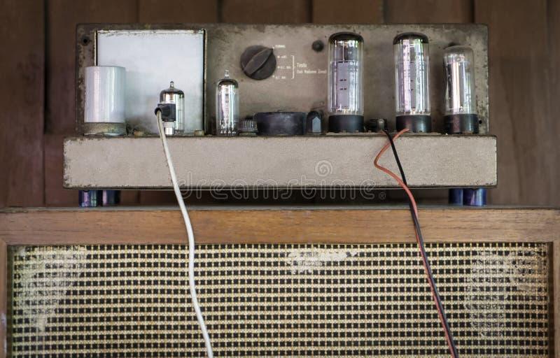 Rohr Ampere (Verstärker) stockbild