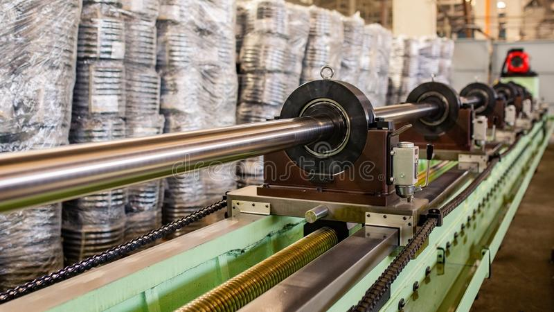 Rohr, das Maschine herstellt Ausrüstungsrohr-Rollenanlage stockfoto