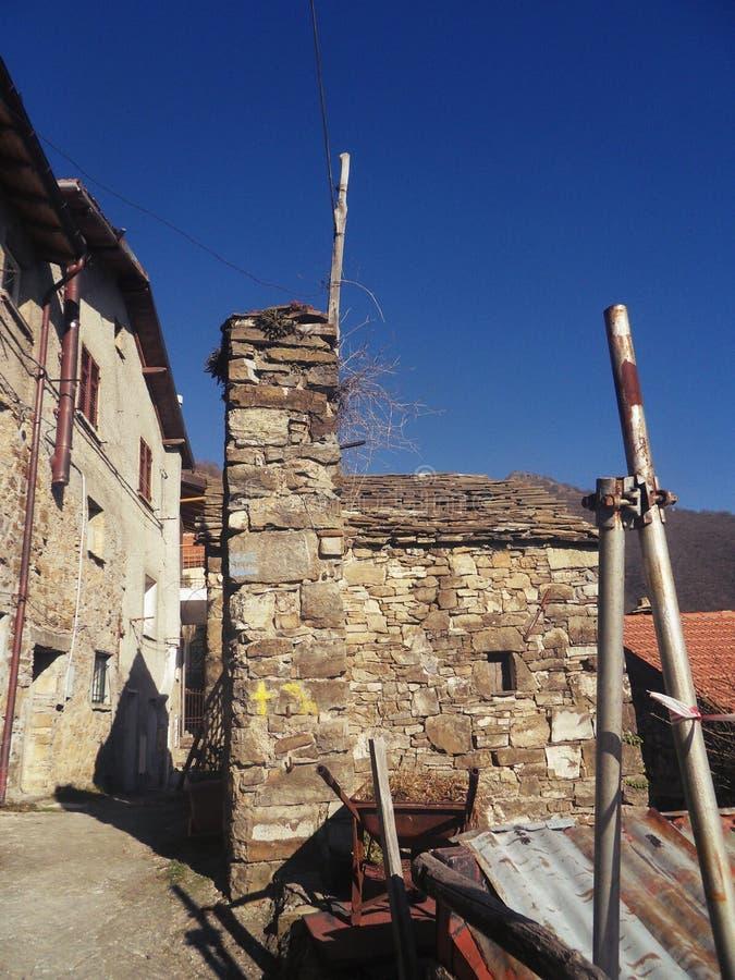 Roiale, деревня призрака средневековая стоковая фотография rf