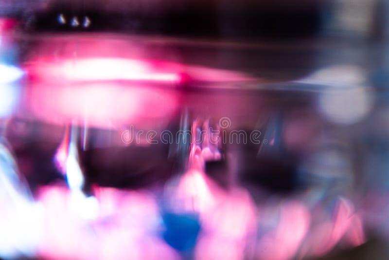 Rojo, azul y rosado fuera de fondo del extracto del foco fotos de archivo libres de regalías