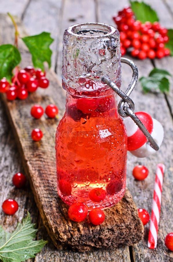 Rojo de la bebida fotos de archivo