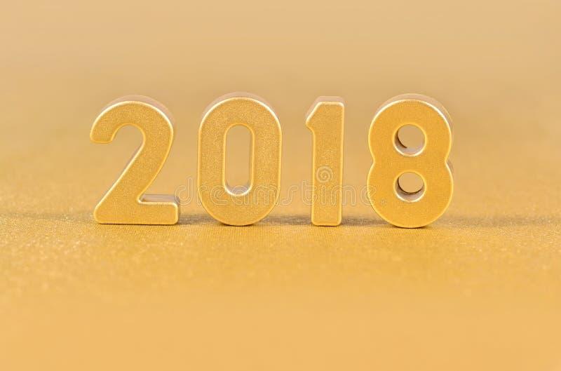 2018 rok złote postacie na złotym obraz royalty free