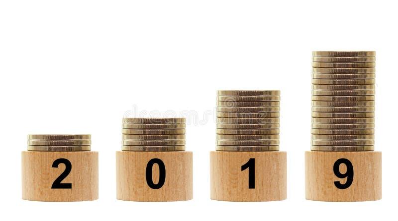2019 rok z narastającymi statystykami odizolowywać pieniądze fotografia stock