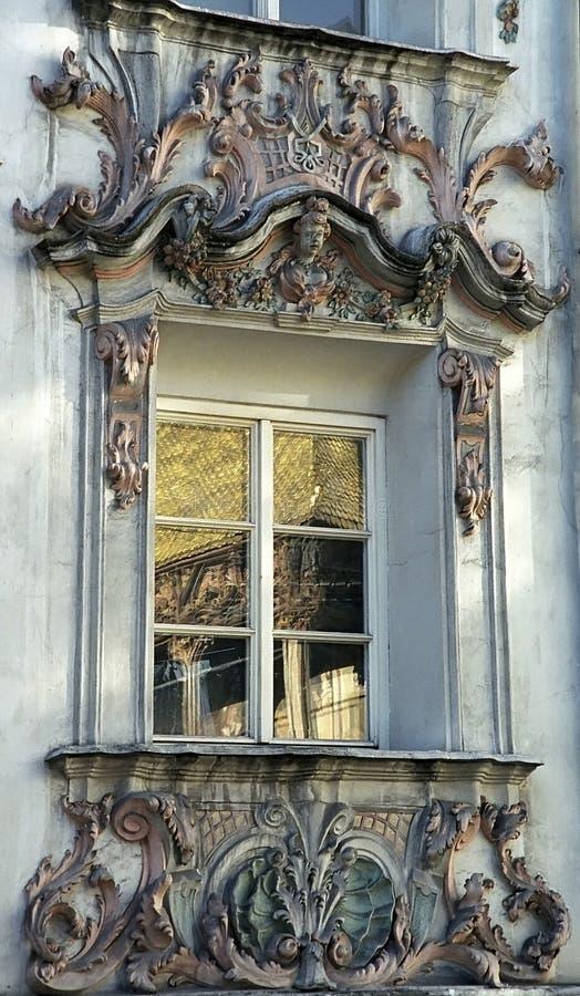 rokokofönster royaltyfri bild