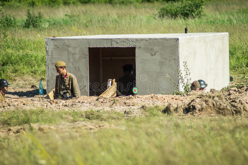 Roleplay - reenactment сражения на окраинах Москвы во время Второй Мировой Войны в зоне Kaluga в России стоковые изображения rf