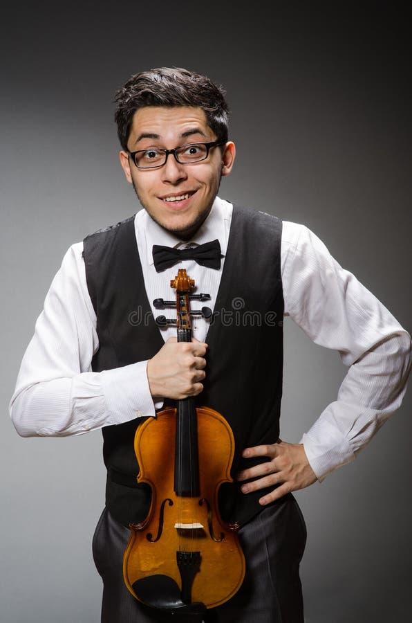 Rolig fiolspelare royaltyfria foton